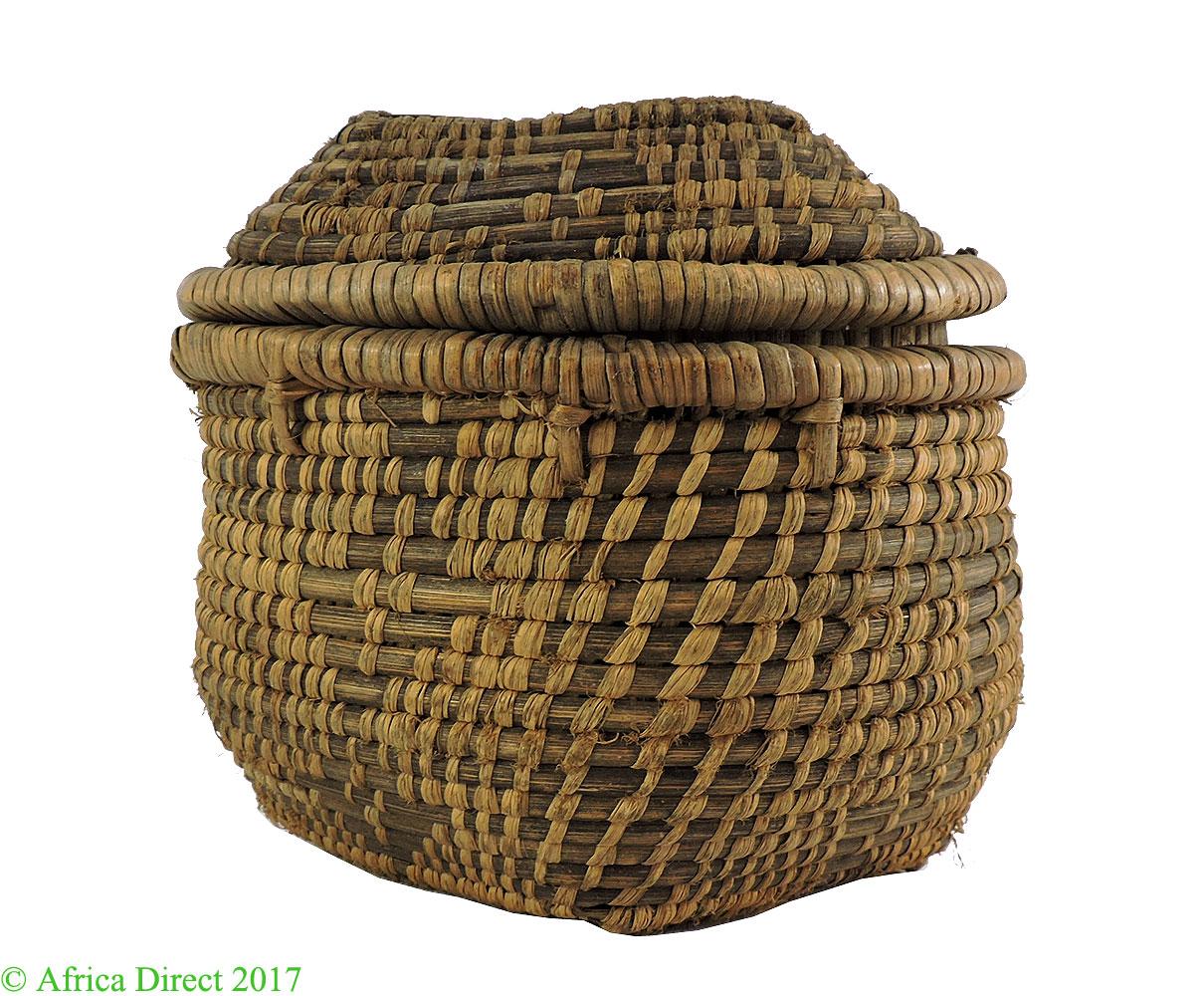 kuba basket with lid handwoven congo african art ebay. Black Bedroom Furniture Sets. Home Design Ideas