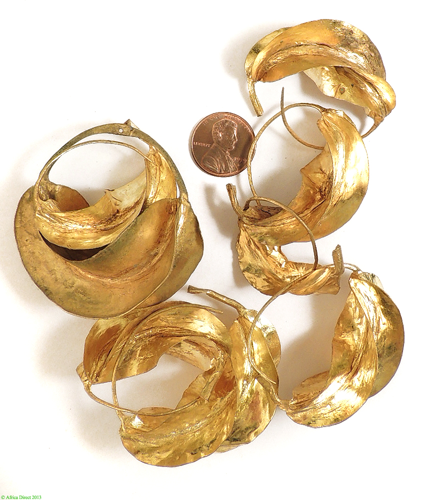 Fulani Earrings: 4 Pairs Fulani Earrings Lightweight Gold Colored Metal
